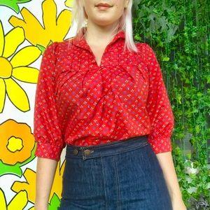 Vintage 70s red floral keyhole peasant blouse SM